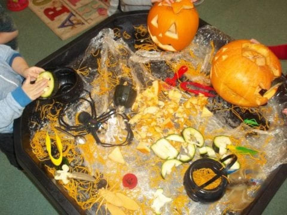 Term 2 – Halloween, Bonfire & Diwali